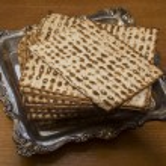 Plate with Jewish Matza-CloseUp — Stock Photo #63765683
