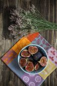 Chopped figs in the bowl — Stock Photo