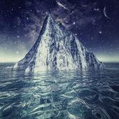 Iceberg in the ocean under beautiful northern sky — Stock Photo