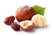 Hazelnuts with raisins — Stock Photo