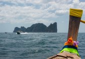 Thai Longtail boat,Phi Phi Leh — Stock Photo