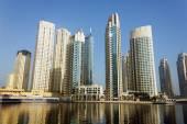 Bâtiments modernes dans la marina de dubaï — Photo