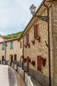 Street in the old town in Italy — Foto de Stock