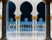 Sheikh Zayed Mosque, Abu Dhabi, UAE — Stock Photo