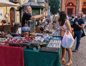 Flea market in Rimini, Italy — Foto de Stock