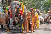 Felephants sculptures on the viewing platform — Stockfoto