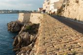Medieval fortress at dawn Antibes — Stockfoto