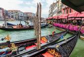 Gondolas on the canals of Venice — Foto Stock
