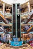 Central Souq Mega Mall in Sharjah — Stock Photo