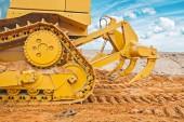Gelbe Bulldozer hinten — Stockfoto