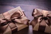 Two vintage paper gift boxes — Stock Photo
