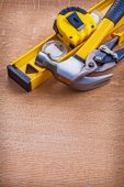 Claw hammer construction level nippers — Stock Photo
