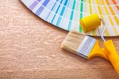 Paint brush and color palette — Stock Photo