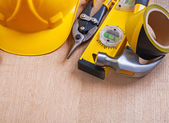 Hammer, nippers and hard hat — Stock Photo