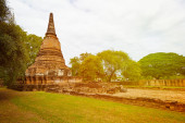 Ancient Ruins of Buddhist temple. Thailand, Ayutthaya — Stock Photo