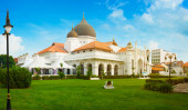 Beautiful Architecture of Kapitan Keling Mosque in Georgetown, P — Stock Photo
