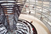 People visiting Reichstag dome in Berlin — Stock Photo