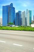 Urban road in Singapore — Stock Photo