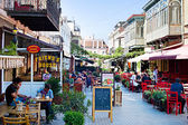 Tbilisi outdoor restaurant — Stock Photo