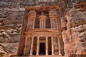 Al Khazneh in Petra — Stock Photo