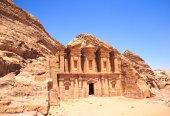Ancient temple in Petra, Jordan — Stock Photo
