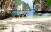 Boats and islands in Thailand — Stock Photo