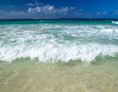 Tropical sea and sky — Stock Photo