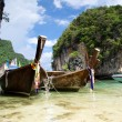Boats and islands in Andaman sea — Stock Photo #72825595