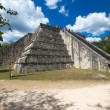 Kukulkan Pyramid in Chichen Itza Site — Stock Photo #73242087
