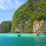 Rocks and sea in Krabi — Stock Photo #73322359