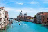 Gorgeous view of the Grand Canal and Basilica Santa Maria della  — 图库照片