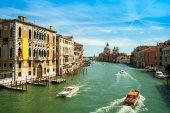 Fantastisk utsikt över Canal Grande och basilikan Santa Maria della — Stockfoto