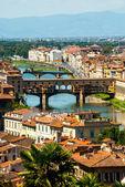Bron ponte vecchio i florens, italien — Stockfoto