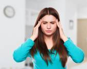 Woman with headache, migraine, stress, insomnia, hangover — Stock Photo