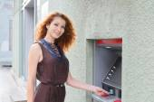Girl with cash card — Foto de Stock