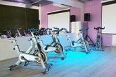 Fitness kol v tělocvičně — Stock fotografie