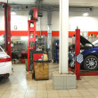 Cars in dealer repair station in Tula — Stock Photo #75784535