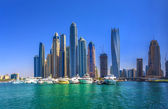DUBAI, UAE - OCTOBER 18: Modern buildings in Dubai Marina, Dubai — Stock Photo