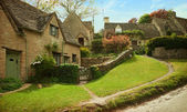 Traditional Cotswold cottages — Stock Photo