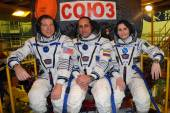 ISS Increment 42-43 Crew Before Launch on Soyuz TMA-15m — Stock Photo