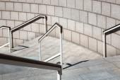Escalera con barandilla — Foto de Stock