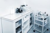 Desk in modern shop — Stok fotoğraf