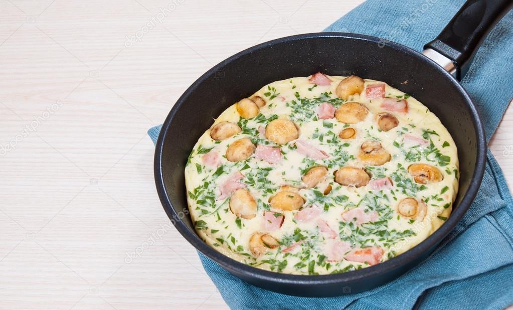 омлет с грибами и сыром рецепт на сковороде