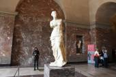 Aphrodite of Milos at Louvre Museum — Stock Photo