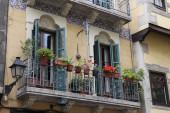 Decorated balcony in Barcelona — Stockfoto