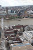 London cityscape with Millennium bridge — Stock Photo