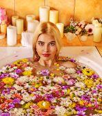 Woman at spa. — Stock Photo
