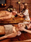 Par tener tratamiento de ayurvedic spa. — Foto de Stock