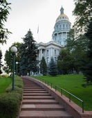 Steps to entrance of State Capitol Denver — Stock Photo
