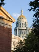 Gold covered dome of State Capitol Denver — Stock Photo